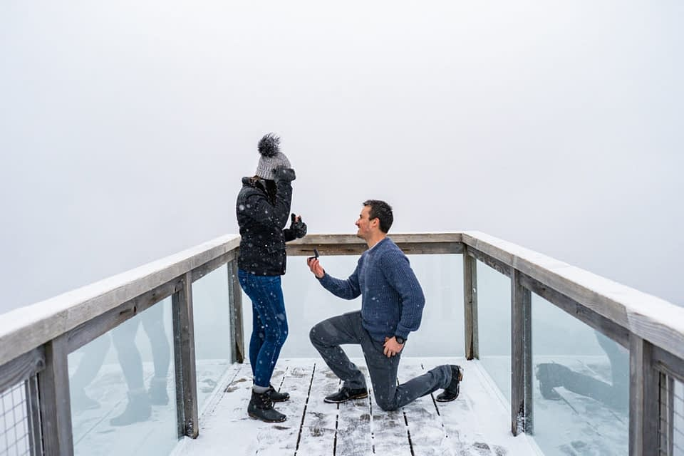 Guy proposing to girl for his Sea to Sky Gondola proposal