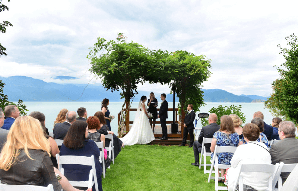wedding ceremony at Lodge on Harrison Lake